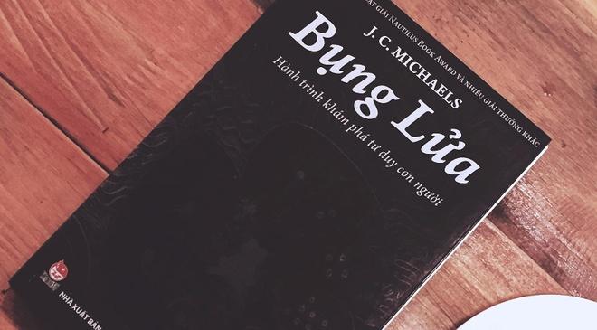 'Bung Lua': Cuon sach ve su lua chon va cach dat niem tin hinh anh