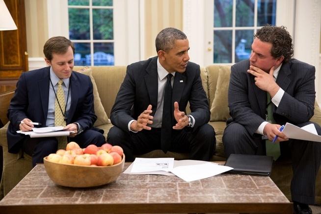 Nguoi viet dien van cua Nha Trang ra sach cam on ong Obama hinh anh 2