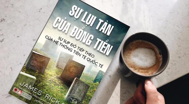 'Su lui tan cua dong tien' - dong tien sup do, hon loan keo den hinh anh
