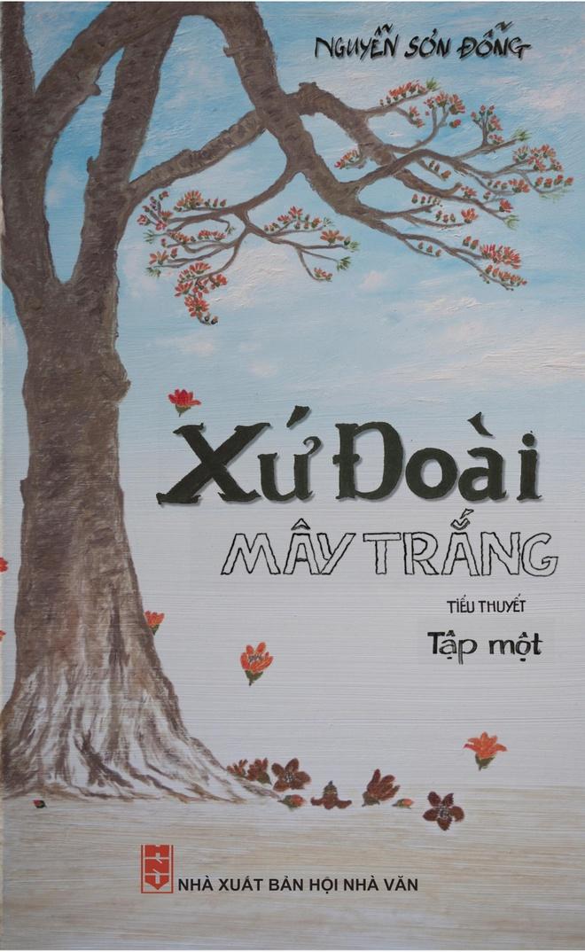 'Xu Doai may trang' - tac pham doc dao cua dong van hoc binh dan hinh anh 1