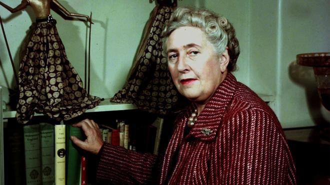 14 dieu it biet ve nu hoang truyen trinh tham Agatha Christie hinh anh