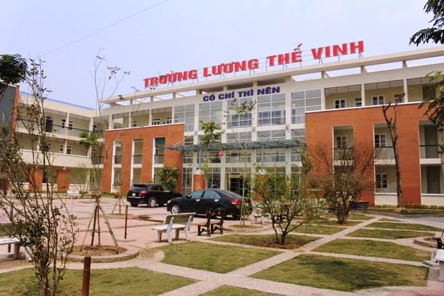 Hoc sinh lam kho PGS Van Nhu Cuong vi... qua gioi hinh anh