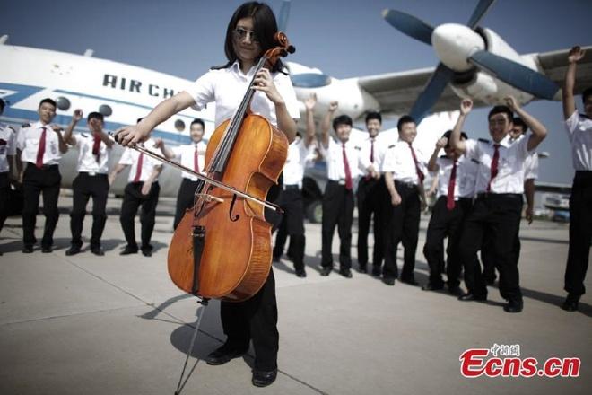 Sinh vien hang khong Trung Quoc san sang bay cao hinh anh 2