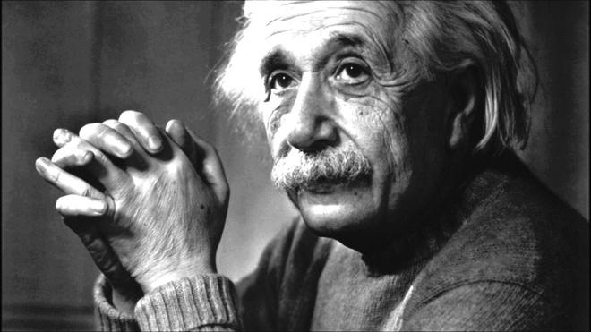 Ban co thong minh bang Einstein? hinh anh