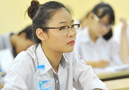 Dai hoc Hue tuyen sinh 12.780 chi tieu nam 2016 hinh anh