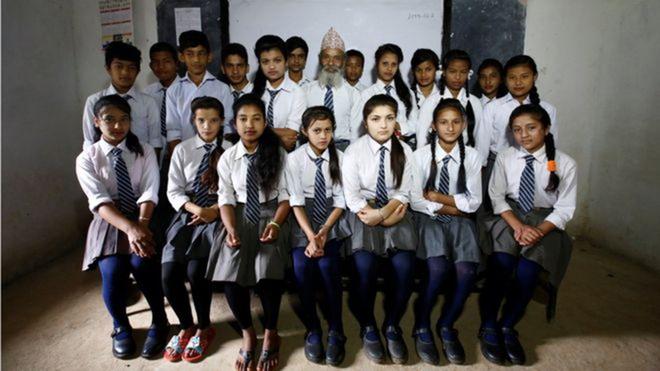 Nepal: Cu ong 68 tuoi chon di hoc lam thu vui tuoi gia hinh anh 5
