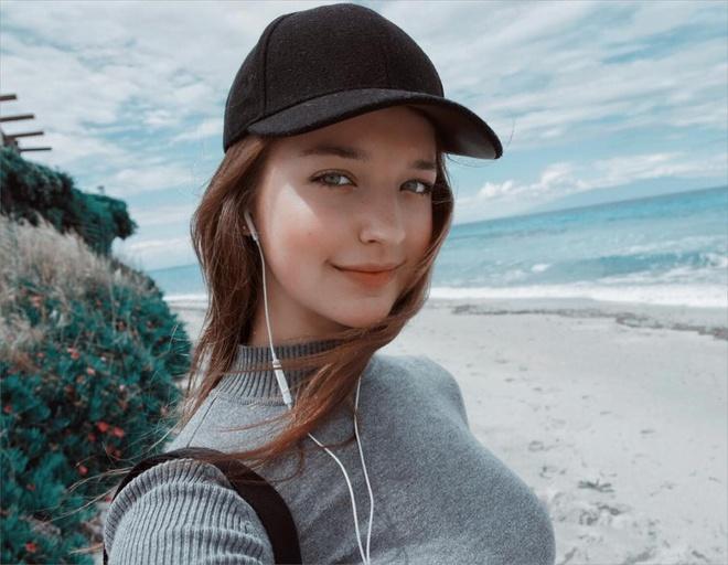 Hot girl Nga theo phong cach Han Quoc noi tieng mang hinh anh 1