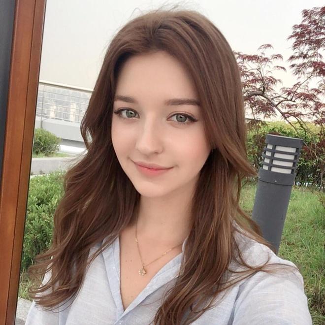 Hot girl Nga theo phong cach Han Quoc noi tieng mang hinh anh 3