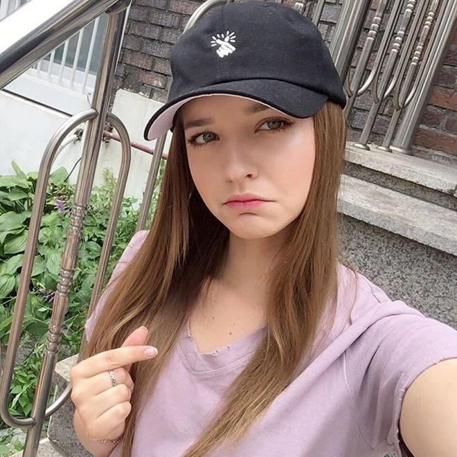 Hot girl Nga theo phong cach Han Quoc noi tieng mang hinh anh 9