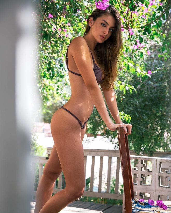 Hot girl My noi tieng mang sau clip mac bikini 38 giay hinh anh 2