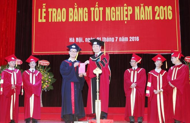 Thu khoa DH Kinh te: 'Toi phai den Han Quoc hoc tien si' hinh anh 1