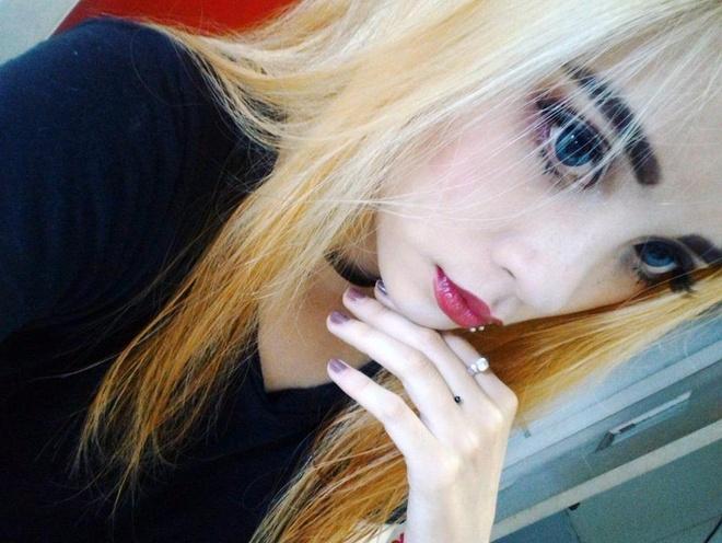 Hot girl lai xinh dep, noi tieng tren mang hinh anh
