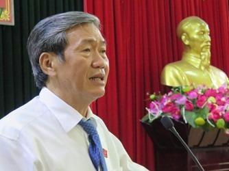 Ong Dinh The Huynh: Tu nguyen hoc them thi khong the cam hinh anh