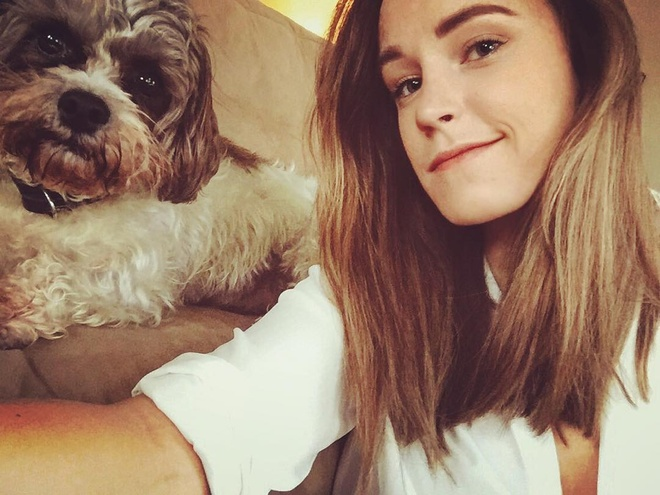 Co gai noi tieng vi giong dien vien Emma Watson hinh anh 1