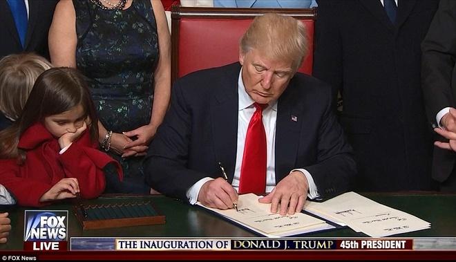 Dan mang thich thu voi dan chau dang yeu nha Trump hinh anh 4