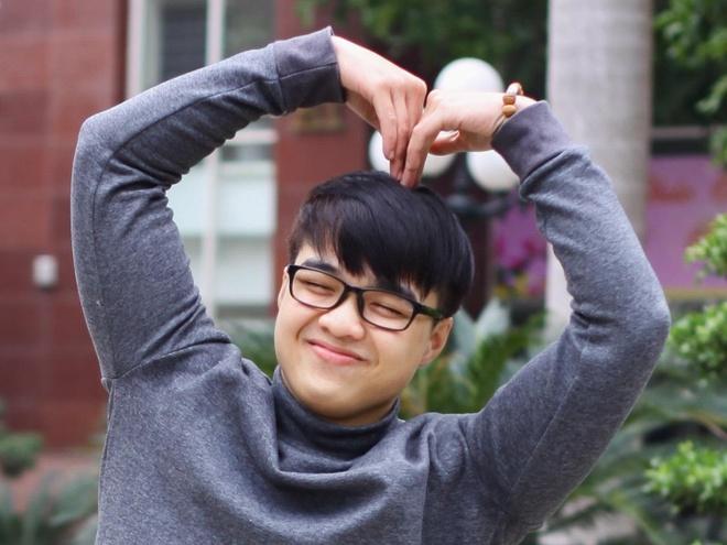 8 bi mat ve 'chang vlogger danh da' Tun Pham hinh anh