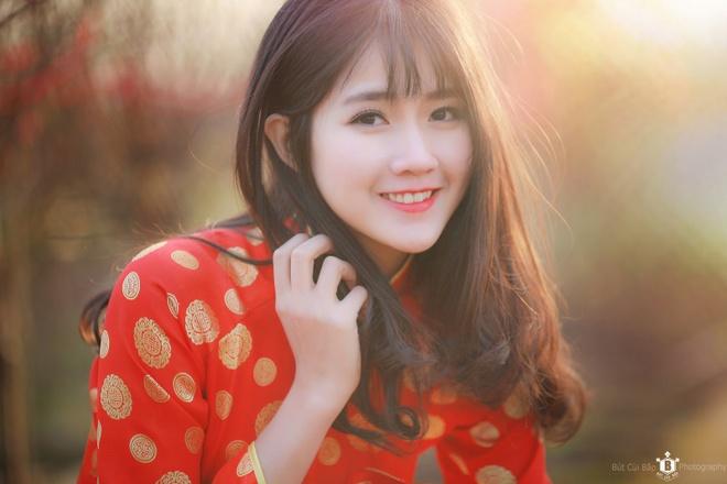 Kieu Trinh van qua xinh dep khi khoc trong MV 'Dung xa anh' hinh anh 2
