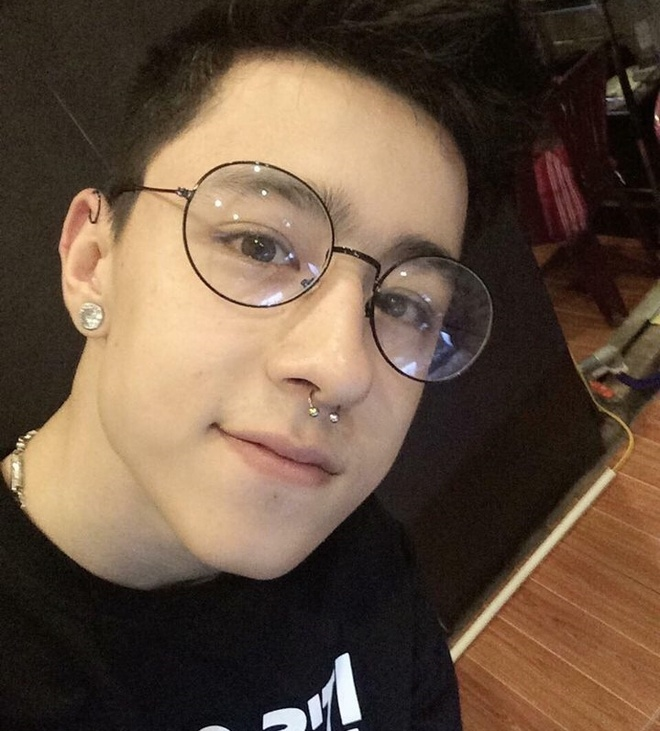 hot boy lai Tay anh 7