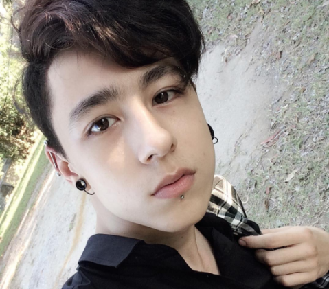 hot boy lai Tay anh 4