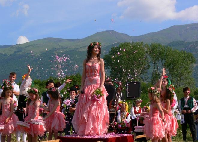 le hoi hoa hong Bulgaria anh 4