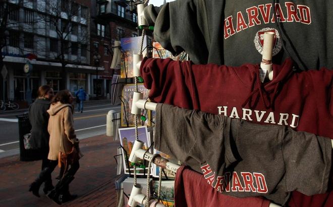 Harvard huy ket qua trung tuyen cua 10 sinh vien vi tin nhan khieu dam hinh anh 1