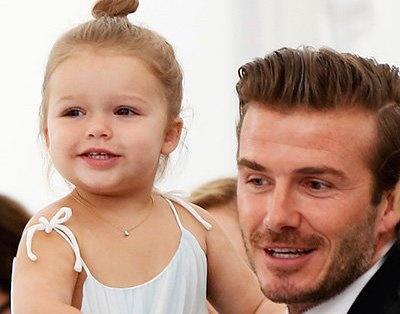 5 dieu khien ban ghen ty voi tieu cong chua nha Beckham hinh anh