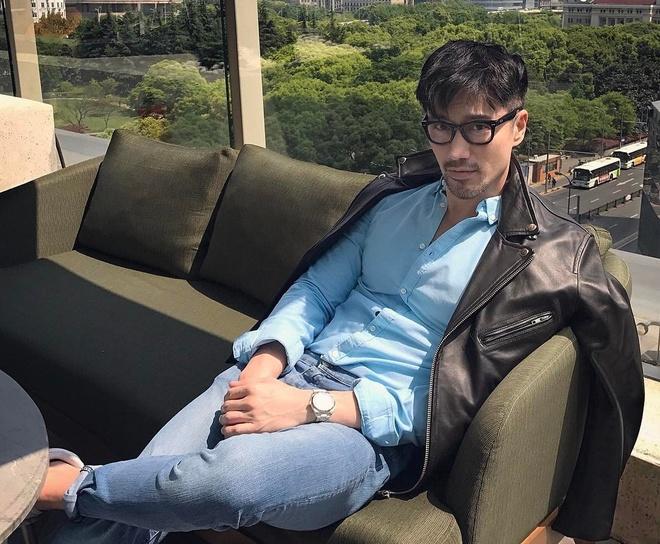'Hot boy' U50 noi tieng nho guong mat dien trai, co the 6 mui hinh anh 4