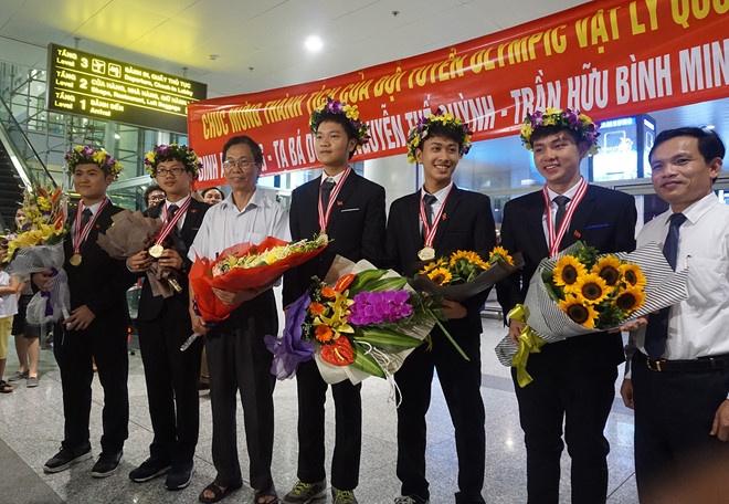5 hoc sinh doat huy chuong Olympic nhap hoc DH Bach khoa Ha Noi hinh anh 1