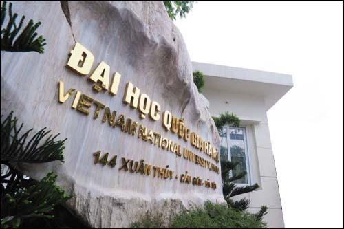 Sinh vien muon xep hang dai hoc Viet Nam nhu the nao? hinh anh