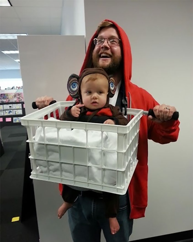 Loat trang phuc doc la mua Halloween cua cha me va be hinh anh 7