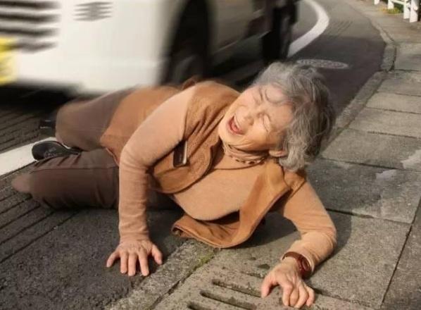 'Thanh photoshop' 89 tuoi chup anh dien sau hon gioi tre hinh anh