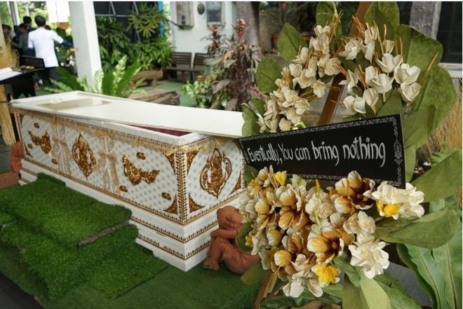 Gioi tre Thai Lan thu nam vao quan tai, di ca phe phong cach le tang hinh anh 4