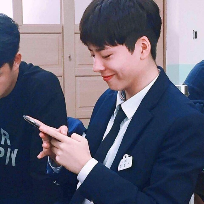 nam sinh noi tieng vi giong Park Bo Gum anh 3