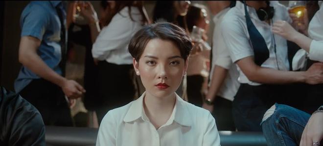 Ba nu chinh xinh dep trong MV 'Everyday' cua SpaceSpeakers la ai? hinh anh 9