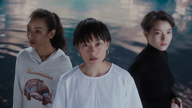 Ba nu chinh xinh dep trong MV 'Everyday' cua SpaceSpeakers la ai? hinh anh 13