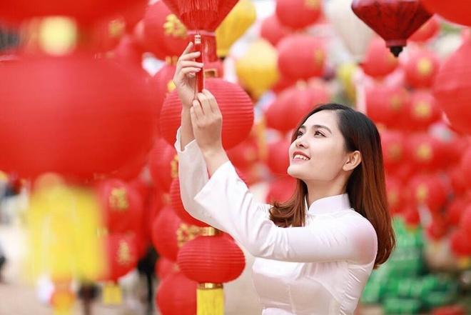 Nhan sac ngot ngao cua hot girl Ha Tinh dai dien tuyen Han Quoc hinh anh 8