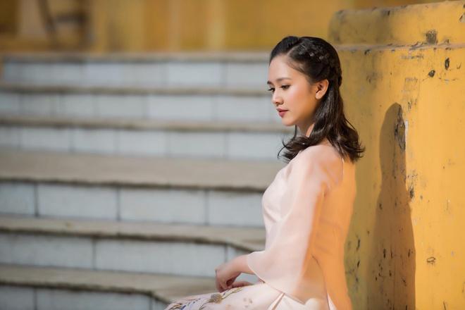 Hot girl 'Banh duc co xuong' Ha Anh lay chong o tuoi 21 hinh anh 5