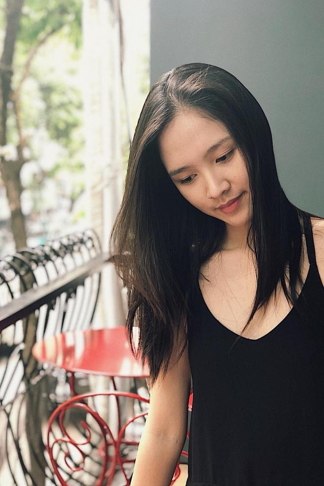 Hot girl 'Banh duc co xuong' Ha Anh lay chong o tuoi 21 hinh anh 6