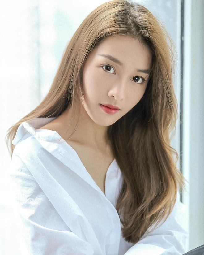 hot girl Minh Ngoc tra loi fan tren instagram anh 1
