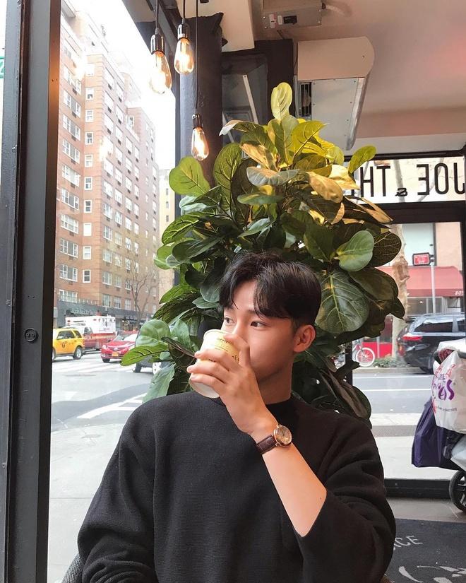Hot boy Han gay chu y mot thoi vua khoe anh du lich o Phu Quoc hinh anh 12