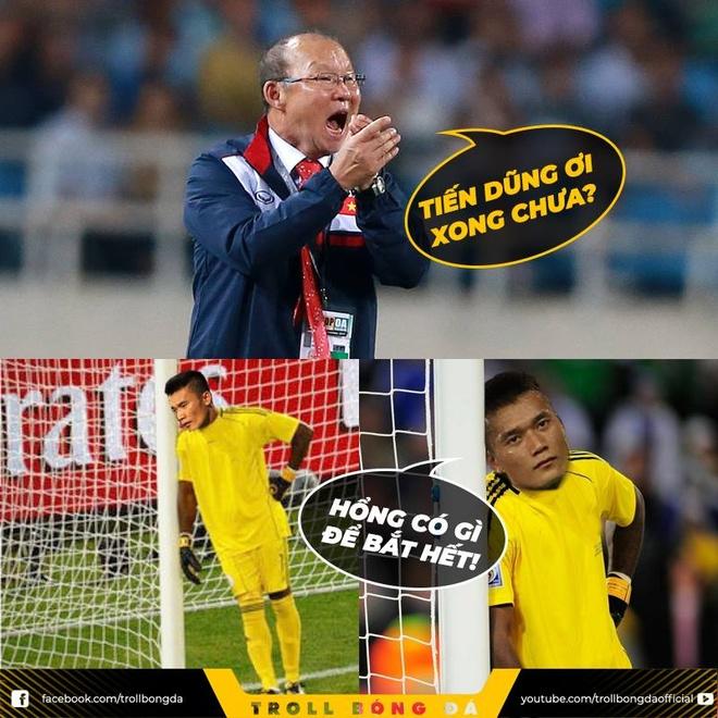 Anh che Messi trao vuong mien truot penalty cho Cong Phuong hinh anh 8