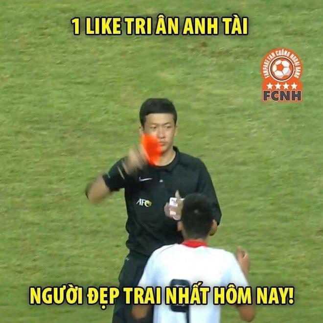 Anh che khen ngoi Cong Phuong sau ban thang truoc Olympic Bahrain hinh anh 1