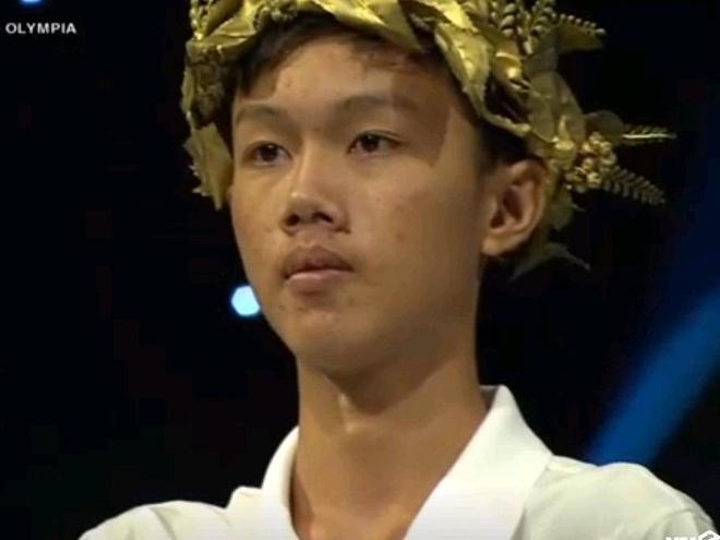 10X Quang Tri loi nguoc dong, vao chung ket 'Duong len dinh Olympia' hinh anh