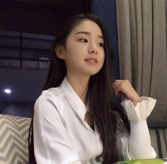 Hot girl moi noi o Trung Quoc hut 3 trieu fan tren mang hinh anh 8