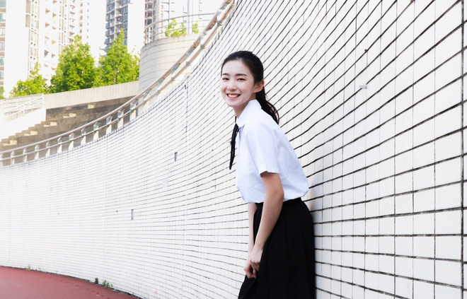 Hot girl moi noi o Trung Quoc hut 3 trieu fan tren mang hinh anh 10