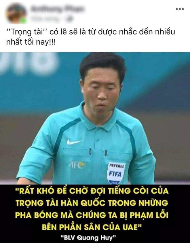 Dan mang Han Quoc: Trong tai tran Viet Nam - UAE that dang xau ho hinh anh 1