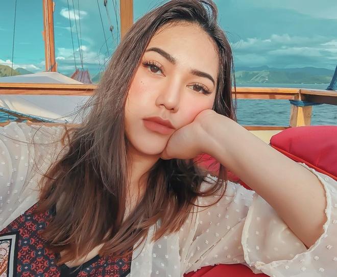 Cuoc song sang chanh cua hot girl Indonesia hinh anh
