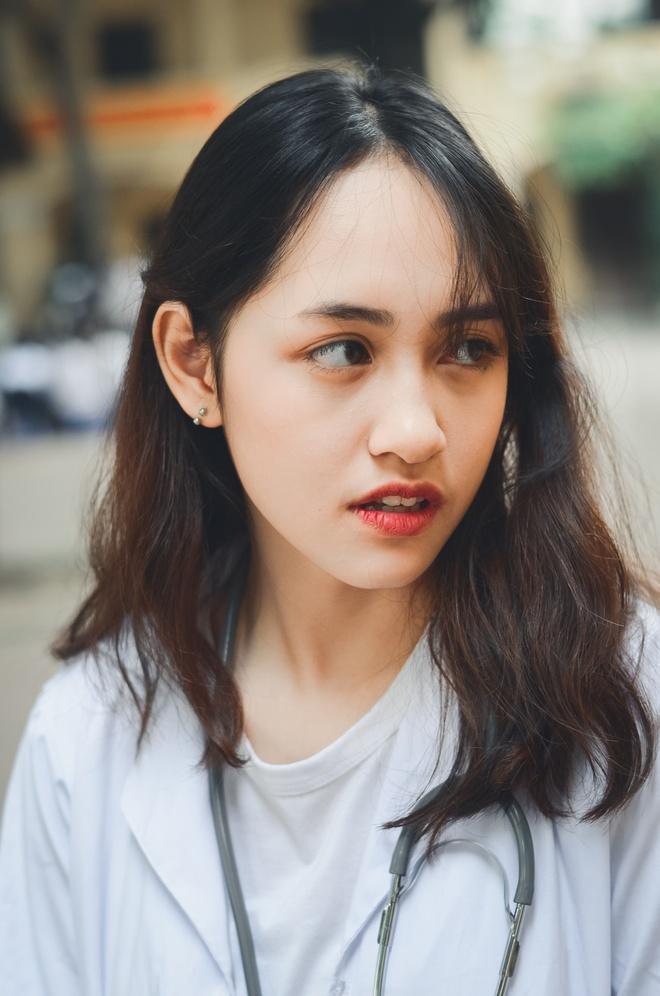 Nhan Sac Xinh Nhu Hot Girl Cua Co Gai Toc Roi Bu Trong Anh The Hinh