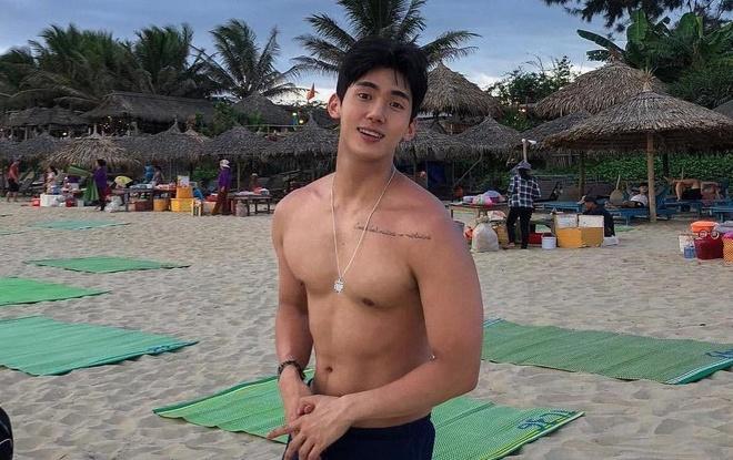 Hot boy Han Quoc ghe tham Da Nang cao 1,84 m, than hinh chuan 6 mui hinh anh
