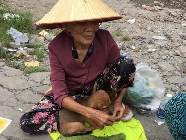 Chuyen ba cu Sai Gon ngheo phai ban cho va ke loi dung de 'cau like' hinh anh